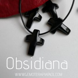 colgante cruz de obsidiana