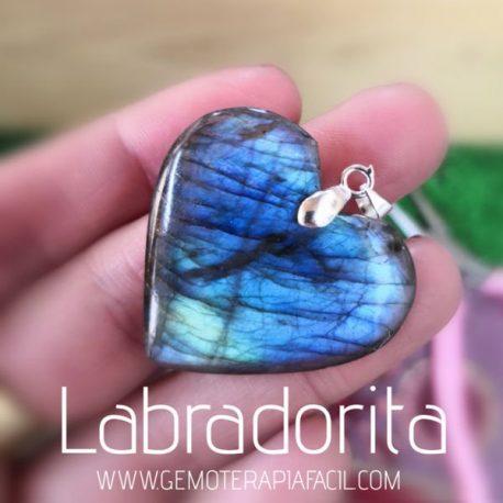 Corazón de labradorita azul
