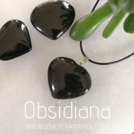 colgante corazón de obsidiana gemoterapia facil