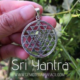 colgante Sri Yantra plata de ley gemoterapia facil